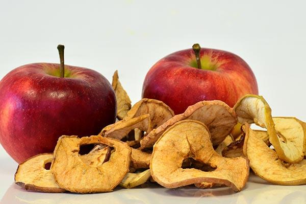 Простые и надежные рецепты сушки яблок в домашних условиях